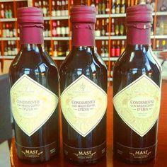 Vybete si z našej ponuky originálny vínny ocot Masi - Aceto do Vino . . . . . . . . . . . . . . . . . . . . . #acetobalsamico #balzamikovyocot #masi #seregoalighieri #condimentoconmostocotto #inmedio #obchod #darcekovyobchod #ocot #inmedio #obchodsvinom #aceto #in_medio #vinoteka #vinotekavbratislave #vybersi #ochutnaj