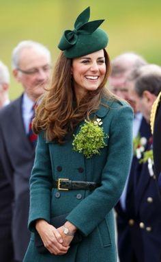 Prins William heeft tijdens een St. Patricks Day parade zijn mond voorbij gepraat, is Kate weer zwanger? http://glamour.nl/jhtbtwrht