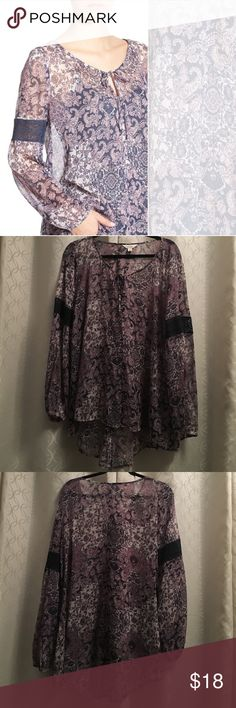 Sun & Shadow Boho Blouse Pretty lace insets on the sleeves add to the free-spirited vibe of this boho-chic blouse with a keyhole neckline and high low hem. Size XL, 100% polyester, purchased at Nordstrom BP. Never worn (too big), perfect condition. Sun & Shadow Tops Blouses