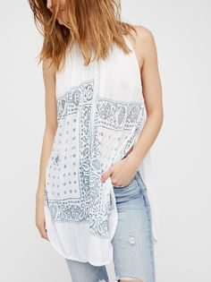 New Romantics Good Vibes Top at Free People Flowy Tops, Lace Tops, Sexy Outfits, Girl Outfits, New Romantics, Bandana Print, Classy And Fabulous, Stylish Dresses, Chic