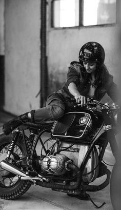 Please note, this site is not meant to demean or exploit women. On the contrary, it exists to celebrate women who ride. Because life on a motorcycle is a good life. Feel free to reach out, and enjoy. Cafe Racer Girl, Bmw Cafe Racer, Cafe Racer Style, Lady Biker, Biker Girl, Ducati Monster, Motos Retro, White Motorcycle, Motorcycle Girls