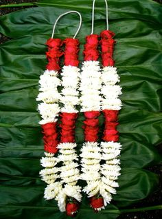 Traditional Wedding Hindu Garlandsred Rose W White Mums Buds 44 Inches