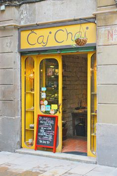 storefront of caj chai, a tea shop in barcelona   travel photography #shops