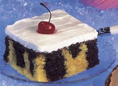 Try this Frosty Tunnels of Fudge Cake recipe, made with HERSHEY'S products. Enjoyable baking recipes from HERSHEY'S Kitchens. Bake today.