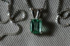 Colombian Emerald Solitaire Pendant 0.82 Carat by SilverJewelery