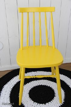 Keltainen tuoli / Yellow chair Living Room Chairs, Dining Chairs, Cheap Adirondack Chairs, Home Look, Color Mixing, Home Kitchens, Color Schemes, Interior Design, Retro