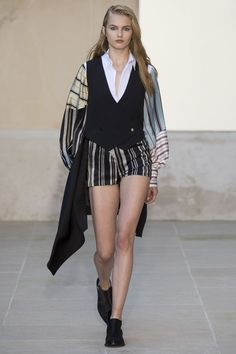 Each x Other Spring 2016 Ready-to-Wear Collection Photos - Vogue   http://www.vogue.com/fashion-shows/spring-2016-ready-to-wear/each-other/slideshow/collection#10