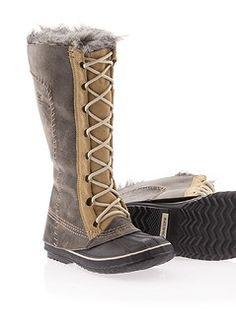 Need a new pair of practical winter boots. These Sorel boots could be the ones!