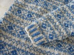 Really charming blue and white fairisle sweater-Donna Smith Designs: Hooked on fair isle knitting