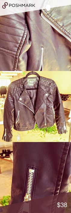 "Organic Leather Ladies Motorcycle Jacket Size Small, 19"" L Sleeve, zippered wrists, rushing along sleeve, flattering cut at front closure.  Super cute!! +RDevine Jackets & Coats Puffers"