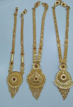 How To Clean Gold Jewelry With Vinegar 1 Gram Gold Jewellery, Gold Jewellery Design, Designer Jewellery, Gold Jewelry Simple, Gold Wedding Jewelry, Stylish Jewelry, Gold Ring Designs, Gold Earrings Designs, Gold Mangalsutra Designs