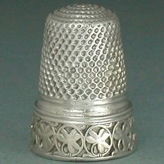 Antique-French-Silver-Thimble-w-Shamrock-Band-Circa-1900s