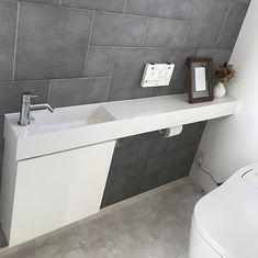 #レプトカウンター #洗面台 #サンワカンパニー Modern Powder Rooms, Toilet Design, Washroom, Bathtub, House, Google, Cottage, Standing Bath, Bathtubs