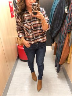 Looking for some new affordable fall pieces? Target is killing it in the sweaters, cardigans, and shoe selection right now and Sandy tries them on for you! Trendy Outfits, Fashion Outfits, Fashion Trends, Fashion Bloggers, Women's Fashion, Grunge Fashion, Urban Fashion, Target Style Fall, Womens Fashion Online
