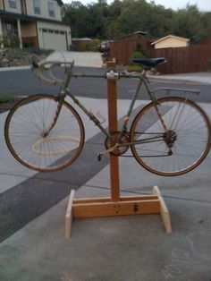 DIY Bike Repair Stand, Phase II: Mission accomplished.   Bret Van Horn Dot Org