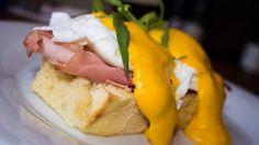 Tip na výbornou snídani: Vejce Benedikt s holandskou omáčkou