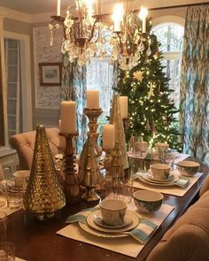 Christmas Dining Room Decor 34 gorgeous christmas tablescapes and centerpiece ideas
