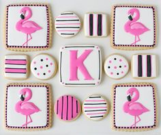 These fun pink flamingo cookies (with full decorating instructions) are perfect for a summer party! Bird Cookies, Fancy Cookies, Biscuit Cookies, Cute Cookies, Royal Icing Cookies, Cupcake Cookies, Cupcakes, Sugar Cookies, Flamingo Birthday