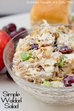 This simple Waldorf Salad Recipe is so yummy, perfect for lunch or a light dinner! #chicken #recipe