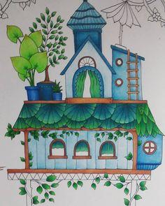 Lovin the bungalow #magicaljungle #magicaljunglecoloringbook…