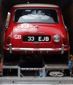 Mini Cooper S, Classic Mini, Classic Cars, Mini Clubman, Ac Cobra, Minis, Mini Things, Small Cars, Rally Car