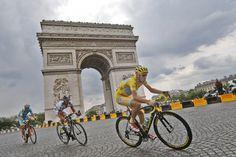 Nibali bei der Tour de France in Paris.
