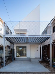 international royal architecture, or I.R.A. completes 'GEH' house in kodaira, tokyo