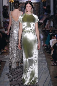 Valentino Fall 2011 Haute Couture