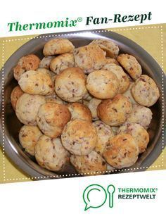 Ein Thermomix ® Rezept aus der Kategorie Backen her… Pizza balls of paulamaus. A Thermomix ® recipe from the Baking category www.de, the Thermomix® Community. Pizza Recipes, Cheesecake Recipes, Seafood Recipes, Mexican Food Recipes, Crockpot Recipes, Snack Recipes, Pizza Ball, Pizza Hut, Healthy Recipes