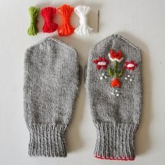 I can't knit or crochet, but I could stitch this!