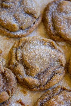 Soft and Chewy Ginger Molasses Cookies are a Christmas cookie dream come true. They're PERFECT: spicy, chewy, soft, flavorful! I could eat them every day! Ginger Molasses Cookies, Ginger Snap Cookies, Molasses Recipes, Yummy Cookies, Crisco Cookies, Dream Cookies Recipe, Cake Cookies, Sugar Cookies, Cupcakes
