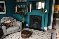 Living Room Ideas Teal Farrow Ball 34 New Ideas Farrow And Ball Living Room, Cozy House, Teal Living Rooms, Living Room Diy, Trendy Living Rooms, Living Room Windows, Small Space Living Room, Cozy Room, Rugs In Living Room