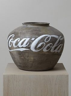 This artwork, Coca-cola vase by Ai Weiwei, is really great.! AbsolutelyLoveIt!I want one!
