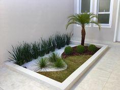 Front Yard Garden Design, Front Garden Landscape, Garden Yard Ideas, Backyard Garden Design, Landscape Design, Balcony Design, Landscape Plans, Small Front Yard Landscaping, Garden Landscaping