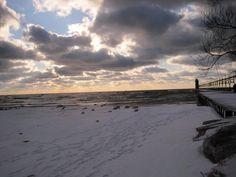 frosty Lake Michigan sunset with kilby