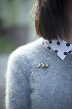 calivintage. grey mohair sweater on dotted collar.