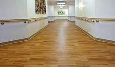 Luxury vinyl plank flooring - Choosing the right soil is crucial. Exit the parquet old school and the old tiled floor, the time is the coatings . Floor Installation, Types Of Wood Flooring, Pvc Flooring, Luxury Vinyl Plank Flooring, Flooring, Cherry Hardwood Flooring, Rustic Wood Floors