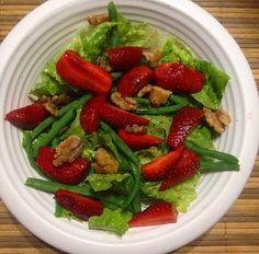 Strawberry in Balsamic Vinegar with Walnuts and French Beans Salad