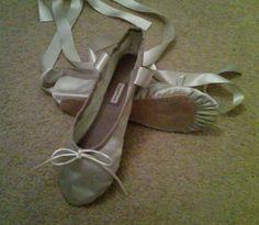 GrandGear Silver Satin with ribbons