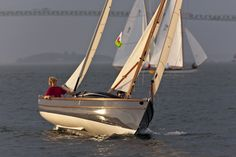 Swallow Boats   Classic Look - Modern Performance