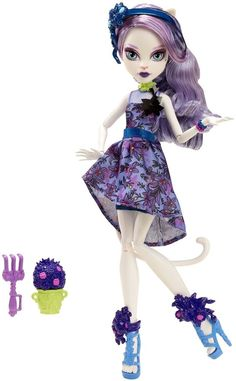 Monster High Gloom and Bloom Catrine DeMew Doll NEW In Hand Just Released