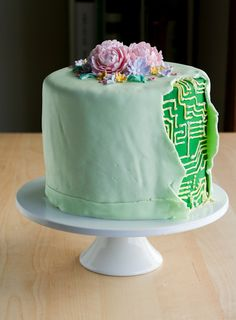 The Stepford Wife (Cyborg) Cake. By Clockwork Lemon. This is hilarious! Just Cakes, Cakes And More, Beautiful Cakes, Amazing Cakes, Robot Cake, Scrapbook Designs, Love Cake, Cute Food, Cake Art