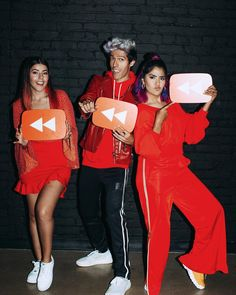 Youtube Rewind, Maria Jose, Camila, Happy Mothers Day, Kawaii Anime, Holiday Parties, Cool Stuff, Photography, Party
