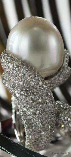 Pearl and diamonds  | LBV ♥✤