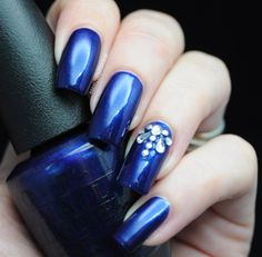 O.P.I - Yoga-Ta Get This Blue | Eeeek Nail Polish