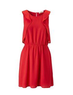 Vestido volante en color rojo.