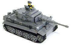 Lego Ww2 Tanks, Lego Soldiers, Lego Creative, Tiger Tank, Lego War, Cool Lego Creations, Lego Models, Custom Lego, Legos