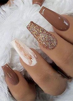 40 Unique And Special Coffin Long Nail Art For You If you're sick of plain round nails and the formal look of square nails, coffin nails are an excellent in-between look and one of the best trends. Nail Polish Designs, Acrylic Nail Designs, Nail Art Designs, Nails Design, Nail Designs For Fall, Unique Nail Designs, Sparkle Nail Designs, Gorgeous Nails, Pretty Nails