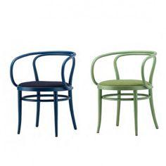 Thonet donne de la couleur à la célèbre chaise 209