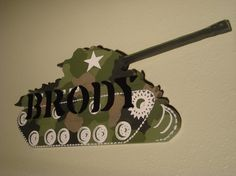 This would be great for the boys military bedroom